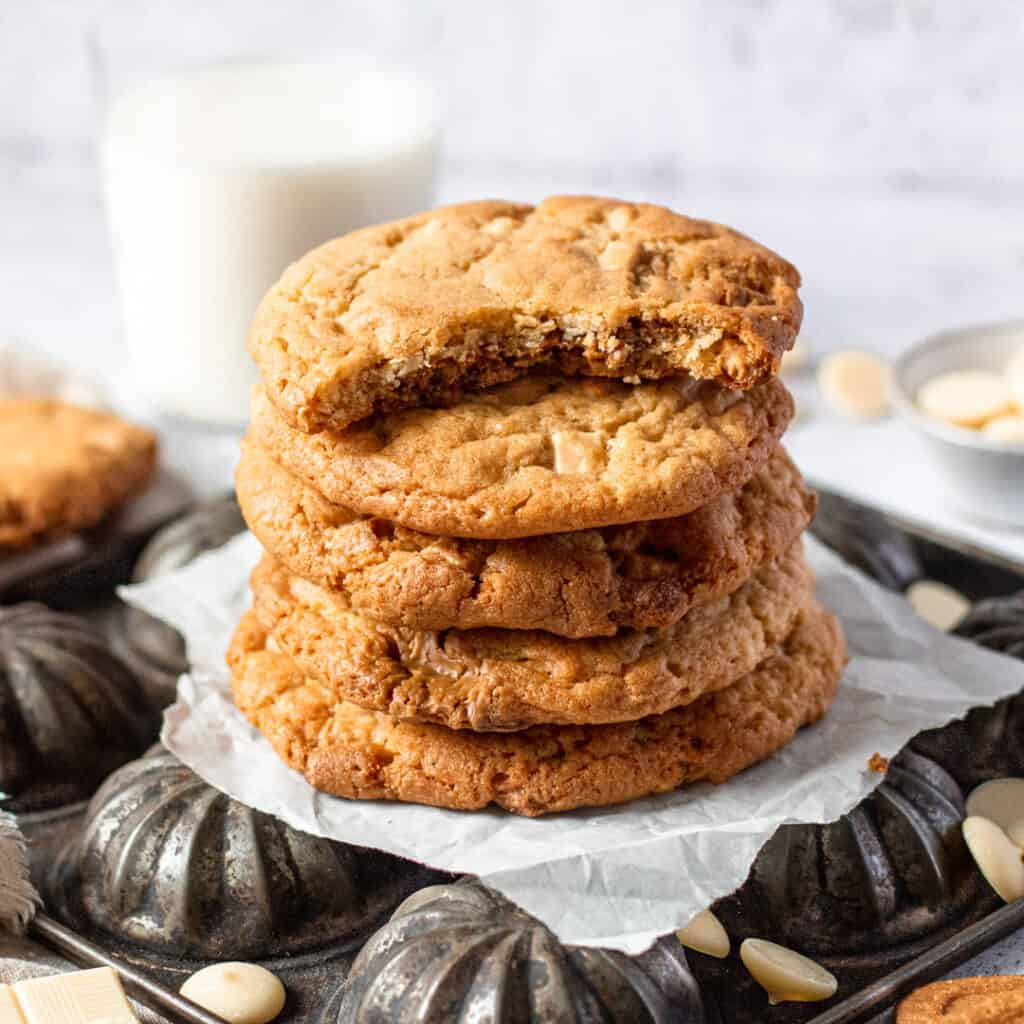 White chocolate and Biscoff cookies